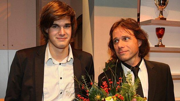 Janek Ledecký je  na svého syna velice hrdý.