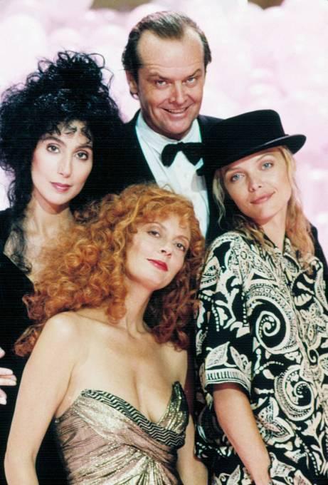 41 let: Nicholson, Cher, Sarandon, Pfeiffer. Film Čarodějky zEastwicku (1987) byl plný hvězd.