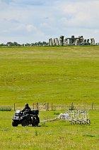 Archeologický výzkum vokolí Stonehenge přinesl překvapivé výsledky.