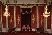 Trůnní sál v Buckinghamském paláci