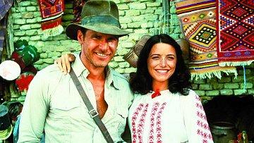 Ve filmu Indiana Jones a dobyvatelé ztracené archy sekundovala Harrisonu Fordovi.
