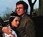 Jako westernový hrdina vefilmu Vinnetou amíšenka Apanači (1966)