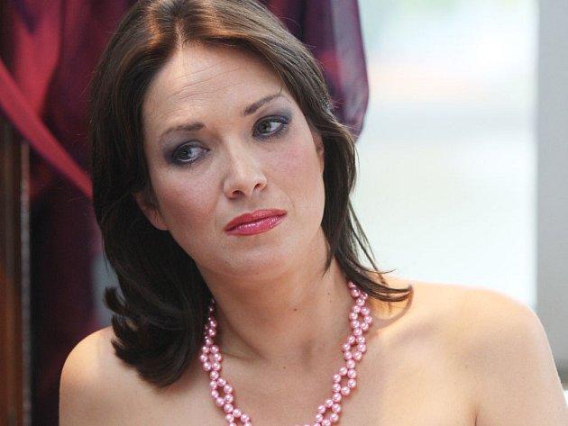 Tereza Kostková točí seriál Obchoďák.