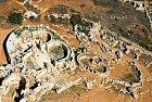 Kamenné ruiny jsou starší než pyramidy.