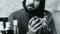 """George vesvém """"květinovém"""" období, kdy odmítl hrát vdalší bondovce."""