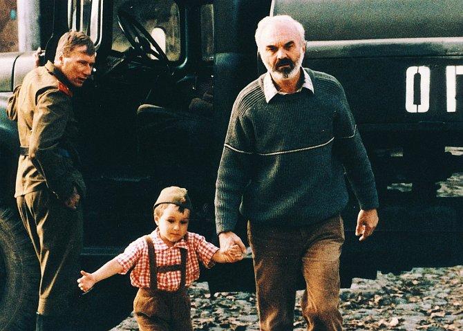 Málokterý český snímek si získal takovou mezinárodní popularitu, jako právě film Jana Svěráka Kolja.