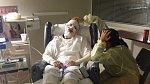 Matka Carmen byla s dívkou v nemocnici několik týdnů.