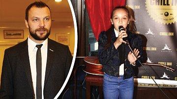 Tomáš Ujfaluši prý zpívá také. Ale ne tak dobře, jako jeho dcera.