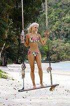 Isabel Ljungdellová se takhle vystavila na pláži v Thajsku.