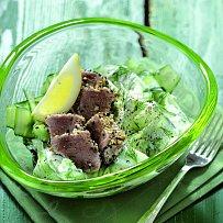 Okurkový salát s tuňákem