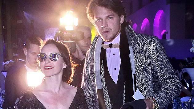 Ťáňa Vilhelmová a Vojta Dyk