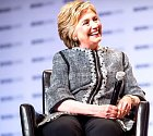 Manželka bývalého prezidenta Billa Clintona Hillary.