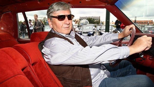Líbí se vám Donutil jako řidič taxi?