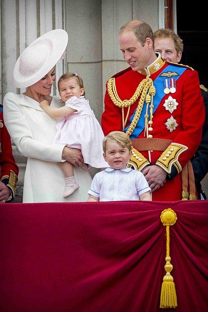 Kate Middletonová smanželem a dětmi