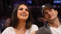 Rodinné štěstí našel až s kolegyní Milou Kunis.