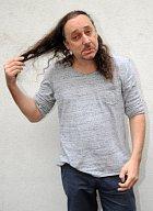 Naposledy s dlouhými vlasy