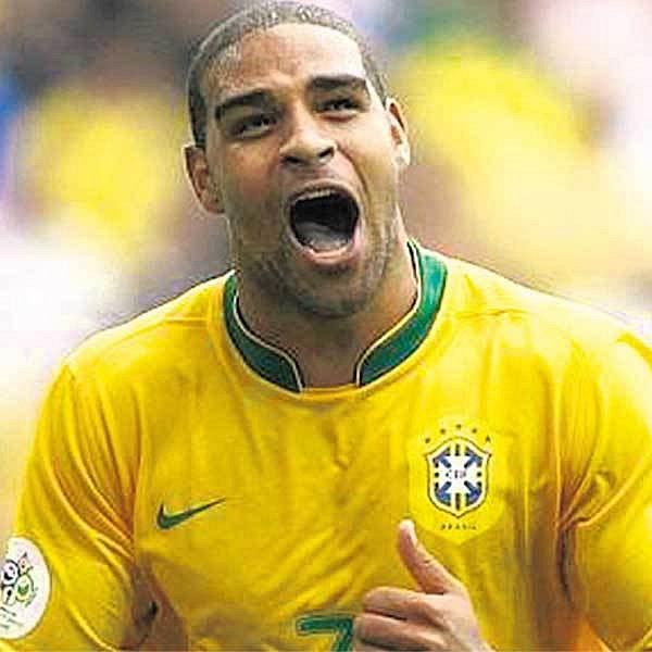 Adriano je pěkný proutník. Ale který Brazilec není...