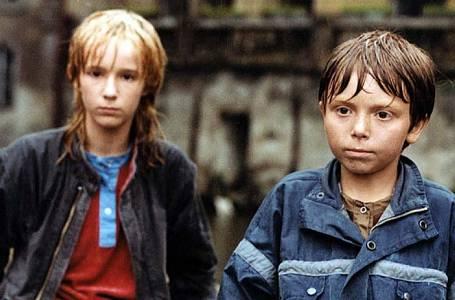 Žaneta Fuchsová a Milan Simáček ve filmu Chobotnice z II. patra.