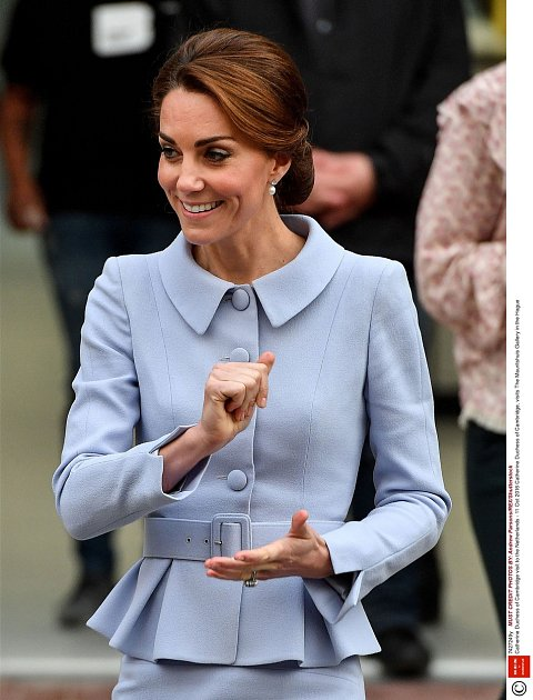 Kate Middleton je velmi štíhlá.