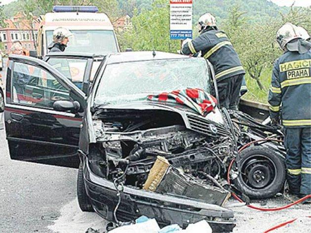 Dopravní nehoda v ulici U Národní galerie.