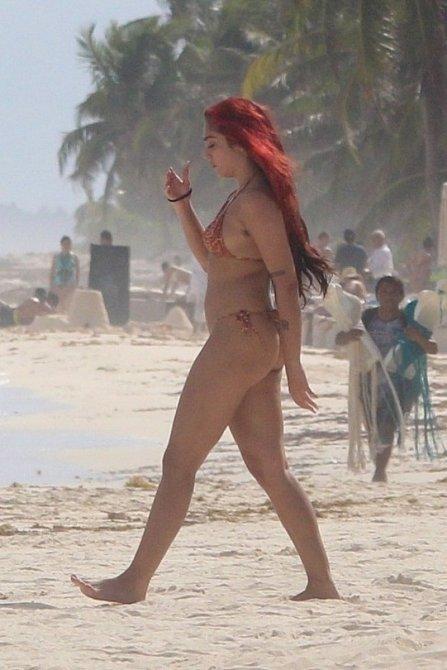 Lourdes Leon se během dovolené v Mexiku svlékla do maličkých bikin.