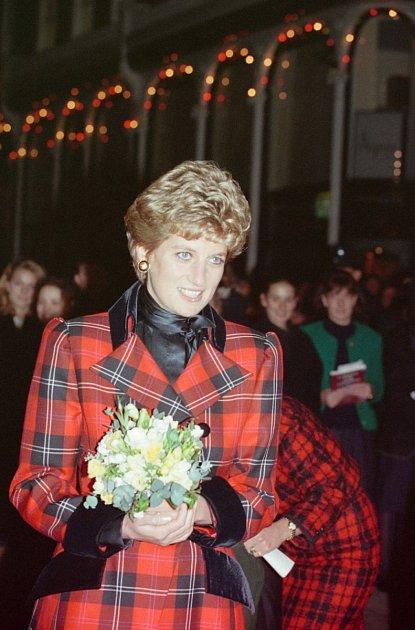1993: Rozsvící princezna Diana vánoční světla