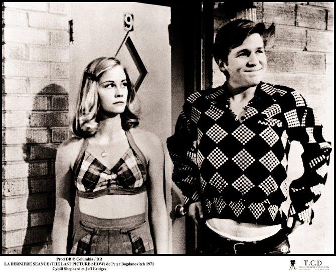 První roli si zahrála vefilmu Poslední představení (1971). SJeffem Bridgesem měla milostný vztah.