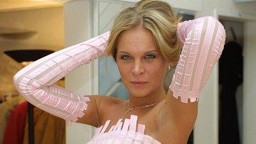 Za kolik se Diana Kobzanová svlékla?
