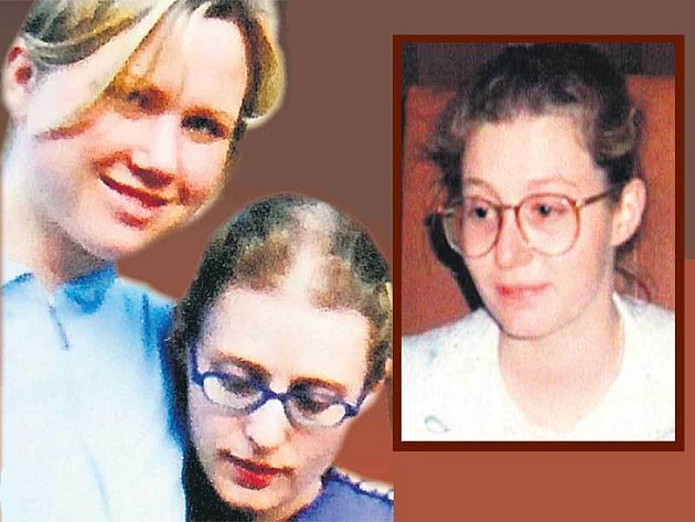 Tajemná Anička s Klárou Mauerovou (vlevo). Barbora Škrlová