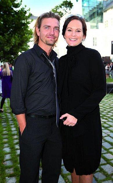 Petr Čadek a Jitka Čvančarová vdobě, když soutěžili ve StarDance.
