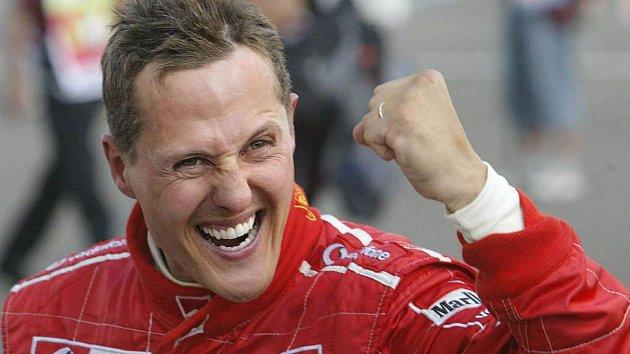 Michael Schumacher zažil vbarvách Ferrari největší úspěchy.
