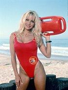 Pamela Andersonová v Pobřežní hlídce
