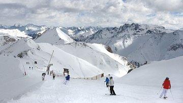 Spojením středisek dvou zemí vzniklo lyžařské monstrum.