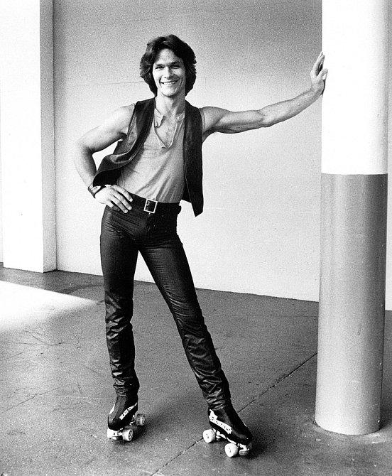 Disco akolečkové brusle. Role vefilmu Skatetown, U.S.A. (1979) byla Patrickovi šitá přímo natělo.