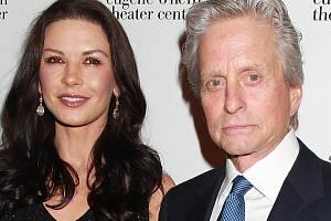 Catherine Zeta-Jonesová s manželem Michaelem Douglasem