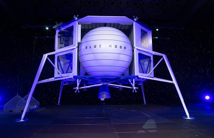 Pokud dá NASA plánu zelenou, vesmírná loď The Blue Moon by se měla na Měsíc vydat v roce 2024.