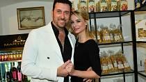 Domenico Martucci s manželkou Nikol.
