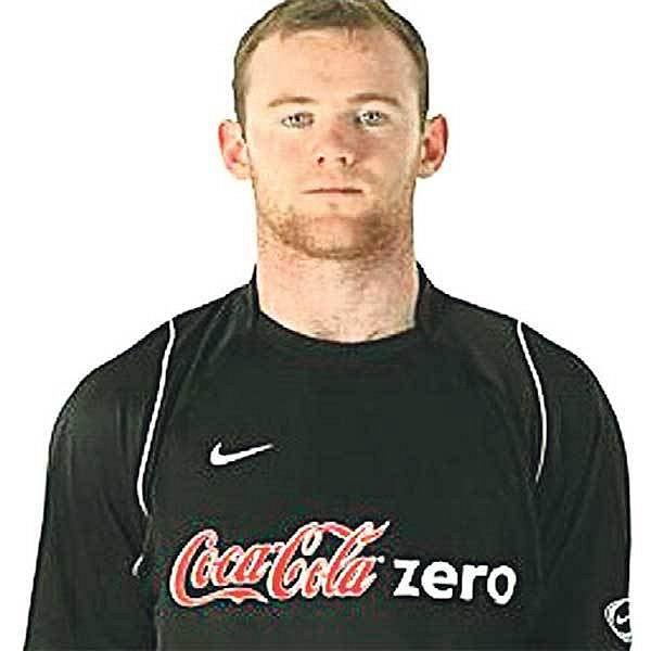 Anglický reprezentant Rooney v dresu sponzora televizního pořadu