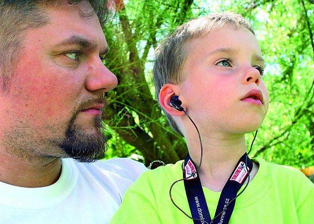 Nejvíce času věnuje Melen výchově mladšího syna Michaela Yanna.