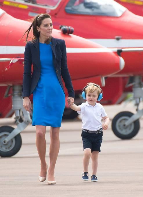 Kate Middleton se synem Georgem.