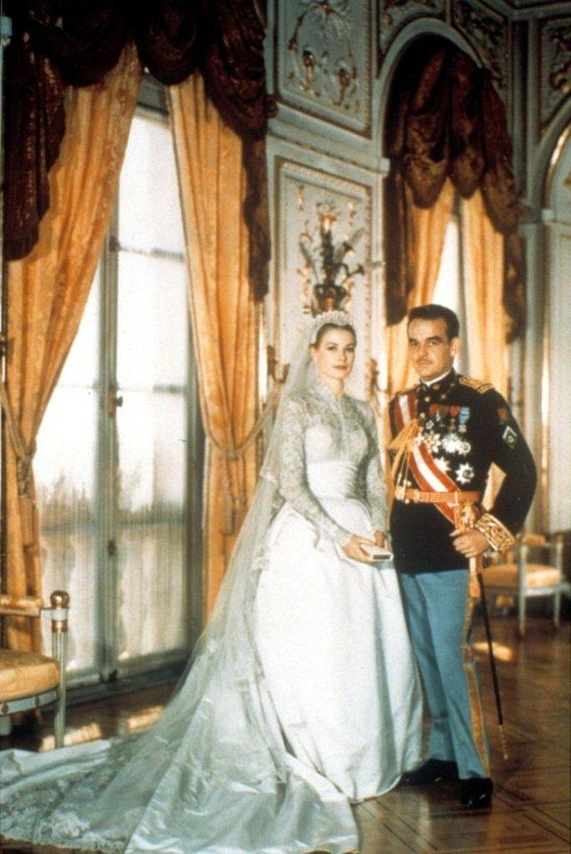 Knížecí svatbu sledovaly miliony lidí.