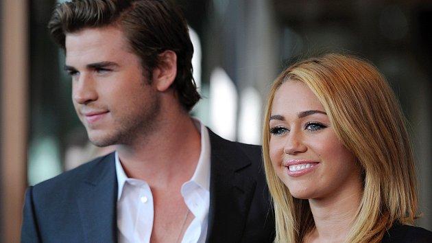 Miley Cyrusová a Liam Hemsworth
