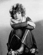 """""""Královna erotiky"""" Clara Bowová označila Belu zasadistickou zrůdu."""