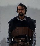 Robert Bruce byl skutečná historická postava a ve filmu má roli přítele a spojence vzbouřence z lidu Williama Wallace. Rád by byl skotským králem, což se mu po všech peripetiích povedlo, ačkoli o svého přítele přišel.