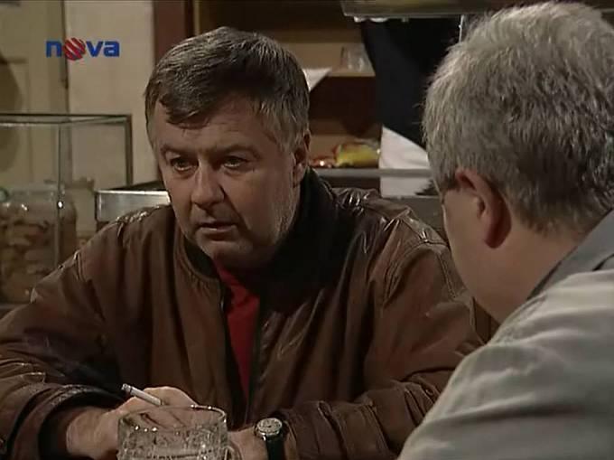 Ladislav Potměšil v seriálu Hospoda.