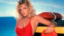 Plavčice  Shauni  McClain zPobřežní hlídky. Neříkejte, že si nani nepamatujete.