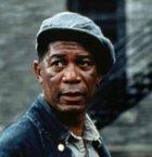 """Málokdo ví, že """"Red"""" se ve skutečnosti jmenoval Ellis Boyd. Jeho jméno nezní ve filmu a i v povídce od Kinga ho najdete horko těžko. Chlápek, který sedí v base čtyřicet let, nejbližší Andyho kamarád, který je nakonec propuštěn na svobodu."""