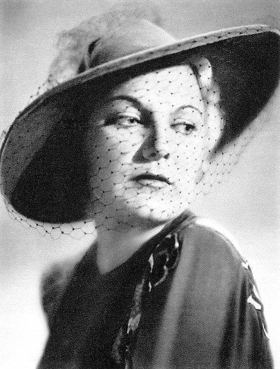 Peškova láska, herečka Jiřina Štěpničková.