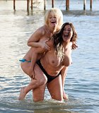 Lisa Appleton a Lauren Harries