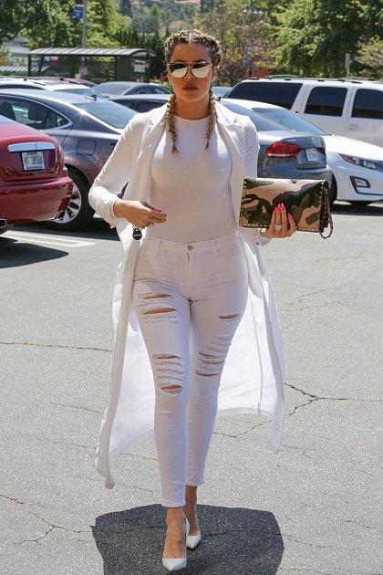 Ten samý den byla pod drobnohledem opůl světa dál Khloé Kardashianová.